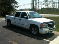 Picture of 2005 GMC Sierra 1500HD 4 Dr SLE Crew Cab SB HD, exterior, gallery_worthy