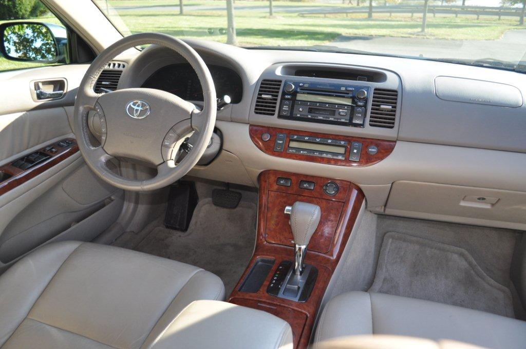 2005 toyota camry pictures cargurus. Black Bedroom Furniture Sets. Home Design Ideas