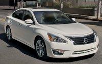 2013 Nissan Altima, Front quarter view., exterior, manufacturer
