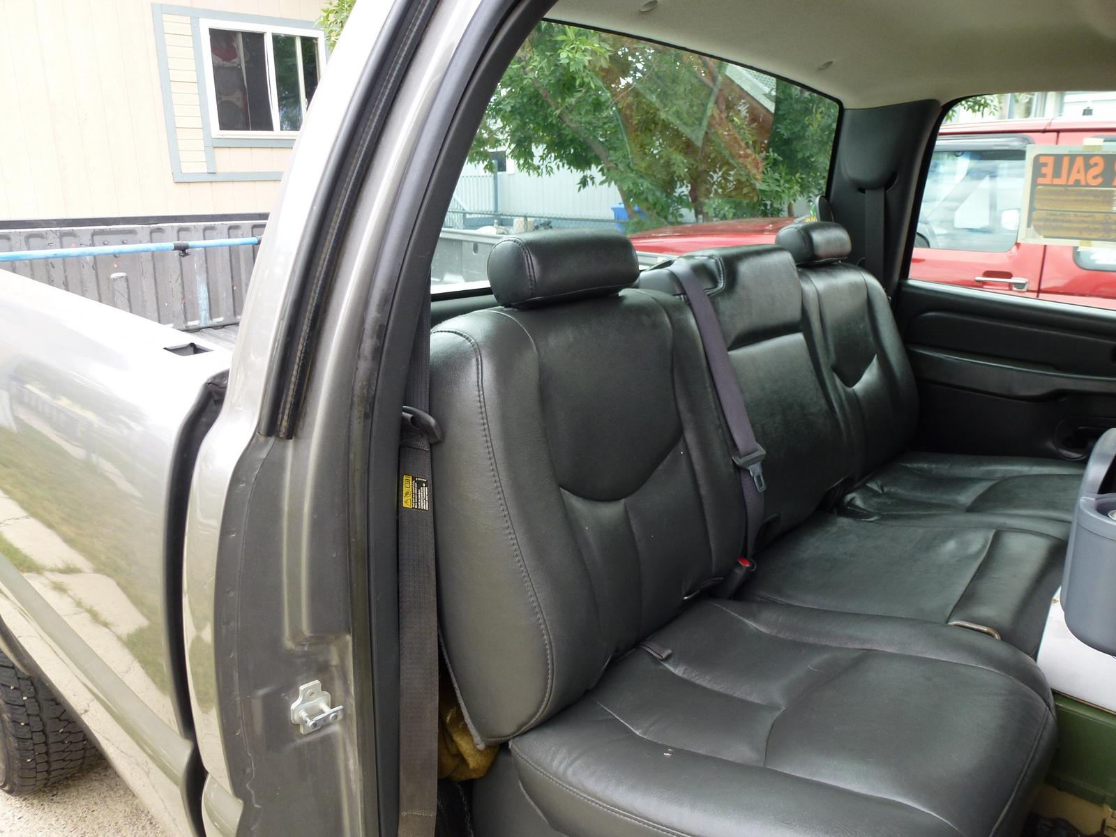 Picture of 2006 Chevrolet Silverado 3500 LS 4dr Crew Cab LB, interior