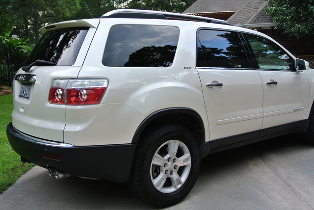 Picture of 2009 GMC Acadia
