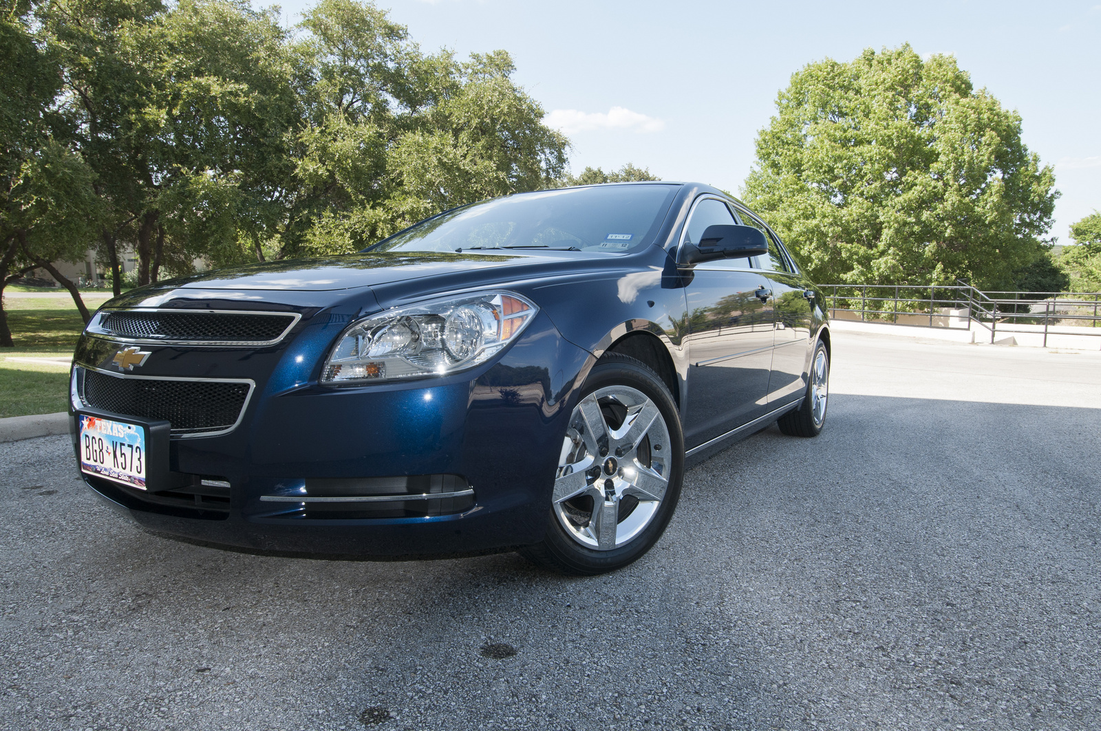 2010 chevrolet malibu pictures cargurus. Cars Review. Best American Auto & Cars Review