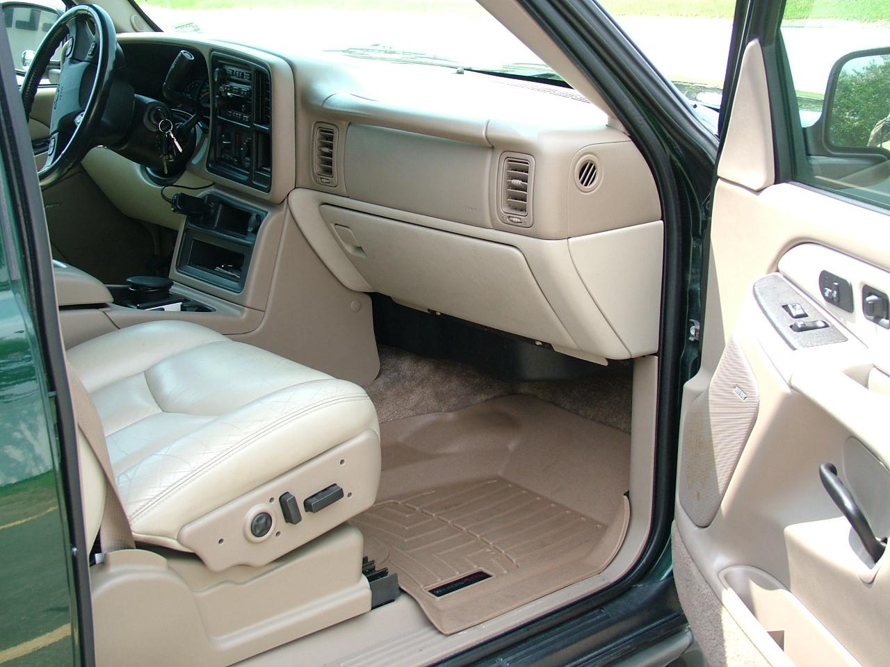 2003 chevrolet suburban interior pictures cargurus - Chevrolet suburban interior dimensions ...