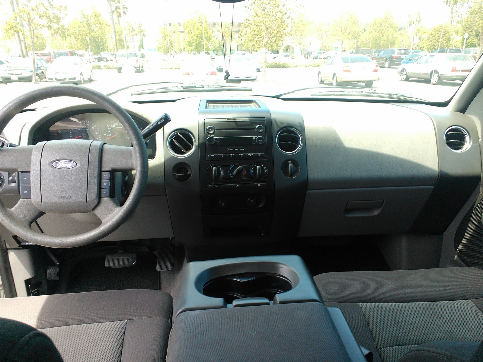 2004 ford f 150 xlt interior pictures to pin on pinterest pinsdaddy. Black Bedroom Furniture Sets. Home Design Ideas