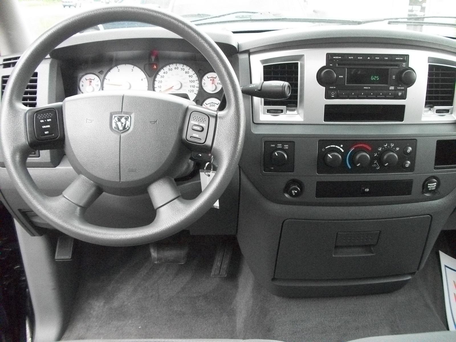 2007 Dodge Ram Pickup 2500 Interior Pictures Cargurus