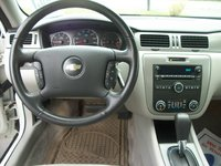 Picture of 2008 Chevrolet Impala LT, interior