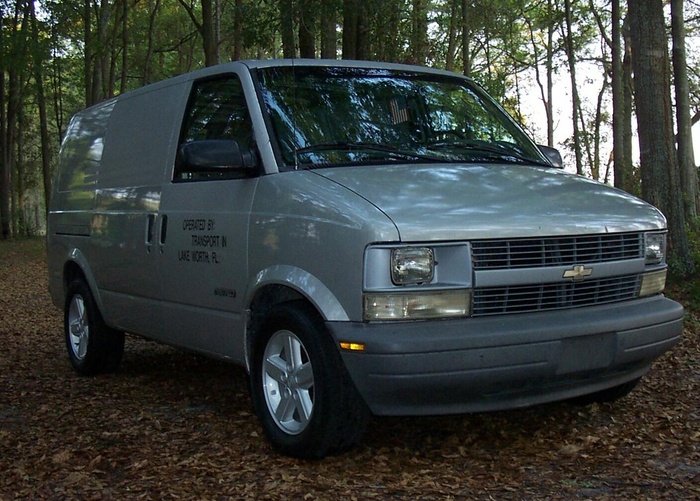 1995 Chevrolet Astro Cargo Van 3 Dr STD Cargo Van Extended picture