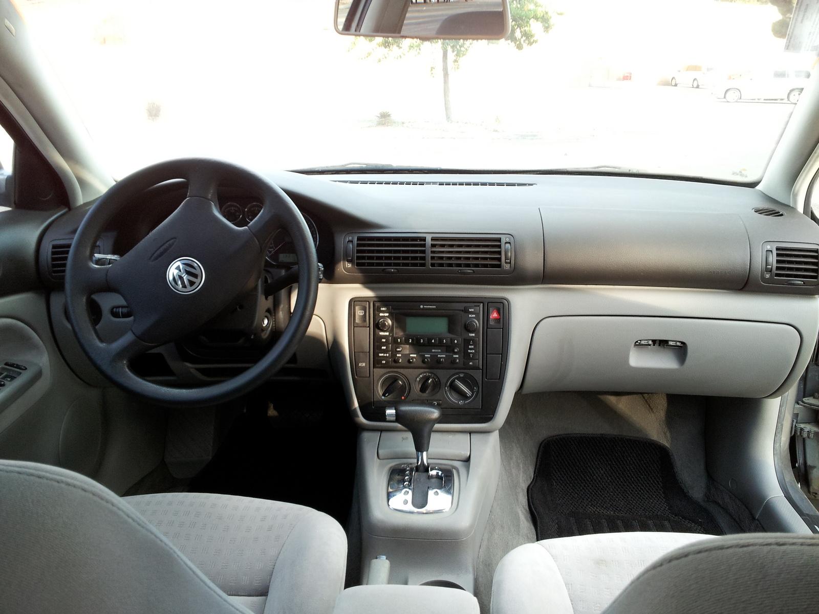 2002 Volkswagen Passat Interior Pictures Cargurus