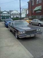 1983 Cadillac Fleetwood Picture Gallery