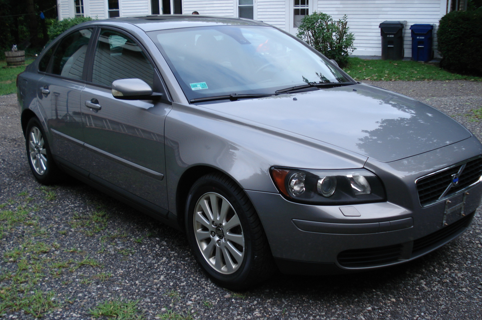 2005 volvo s40 pictures cargurus. Black Bedroom Furniture Sets. Home Design Ideas