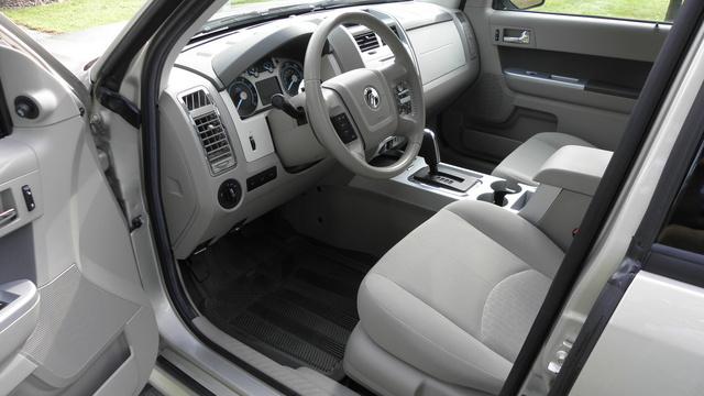 Picture of 2010 Mercury Mariner Base 4WD, interior