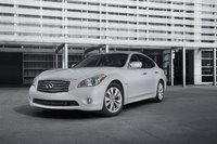 2013 Infiniti M Hybrid Picture Gallery