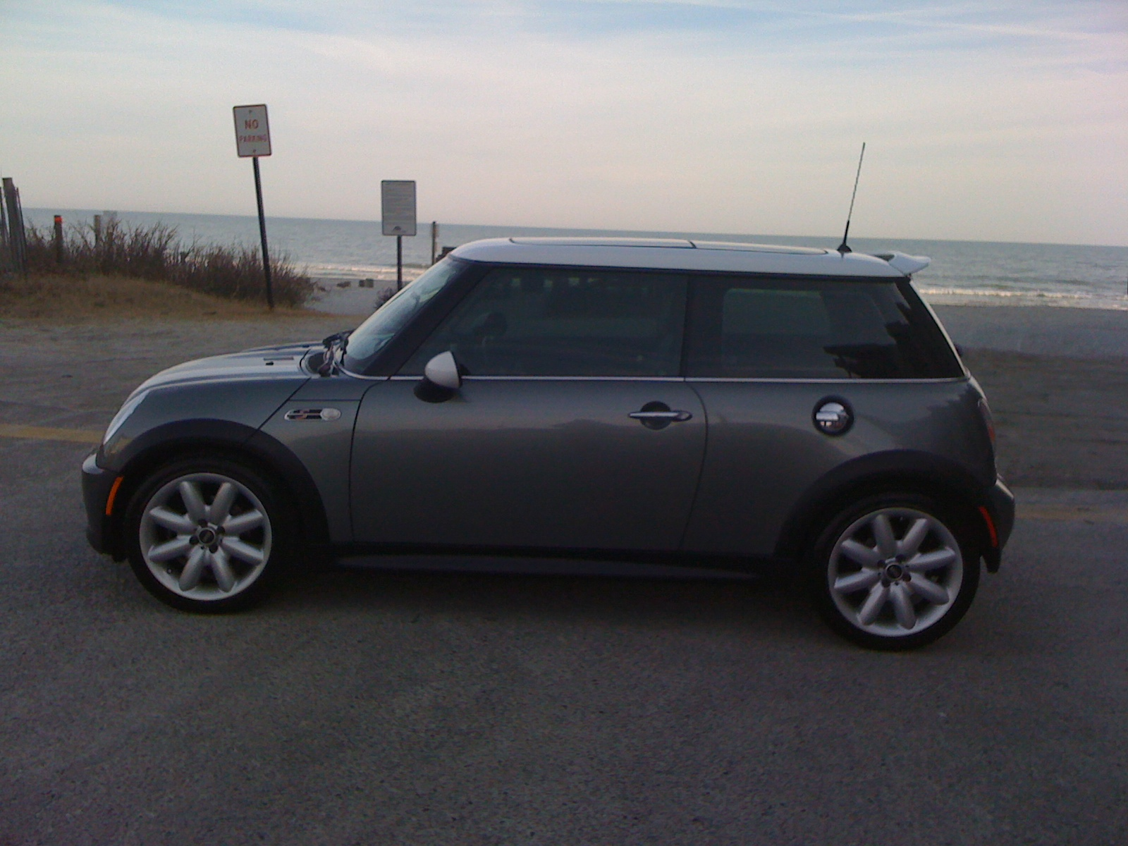 used mini cooper for sale wilmington nc cargurus. Black Bedroom Furniture Sets. Home Design Ideas