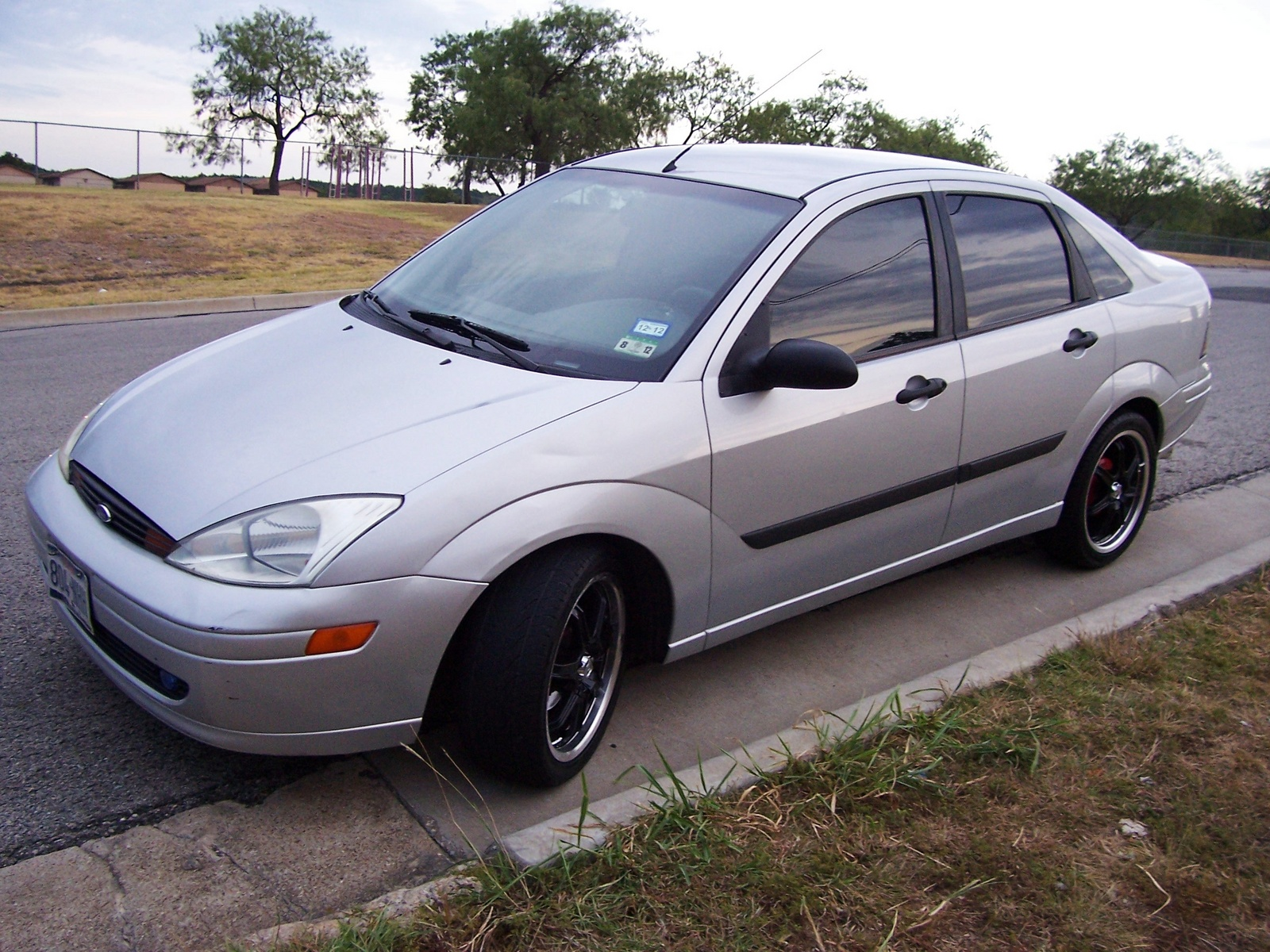 2000 ford focus pictures cargurus