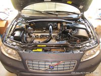 Picture of 2005 Volvo XC70 Cross Country, engine