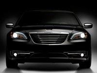 2013 Chrysler 200, Front View copyright AOL Autos., exterior, manufacturer, gallery_worthy