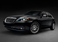 2013 Chrysler 200 Picture Gallery