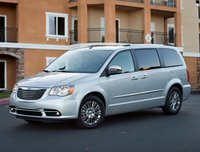 2013 Chrysler Town & Country, Front quarter view copyright AOL Autos., manufacturer, exterior
