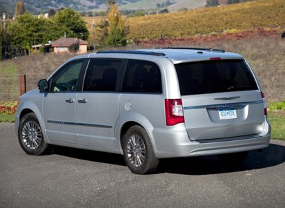 2013 Chrysler Town & Country, Back quarter viwe copyright AOL Autos., manufacturer, exterior