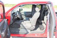 Picture of 2005 Nissan Frontier 4 Dr SE King Cab SB, interior
