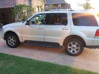 2005 Lincoln Aviator 4 Dr STD AWD SUV picture, exterior