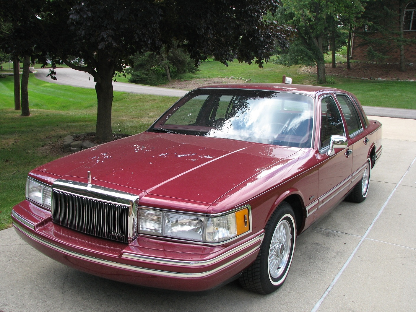 Lincoln Town Car Questions - This 1992 TC sometimes will start and