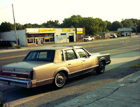 1986 Lincoln Town Car Picture Gallery