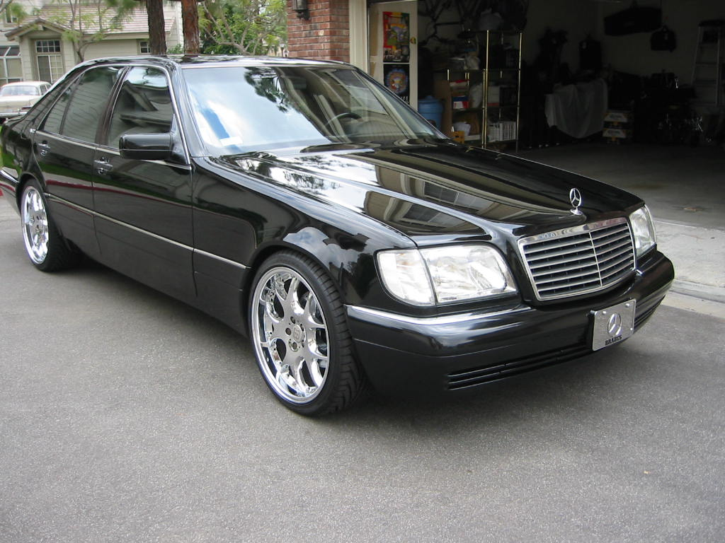 Cars in 1990 39 s used by gangster in poland vehicles for Mercedes benz s class 1998