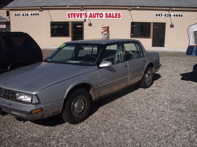 Picture of 1989 Oldsmobile Ninety-Eight
