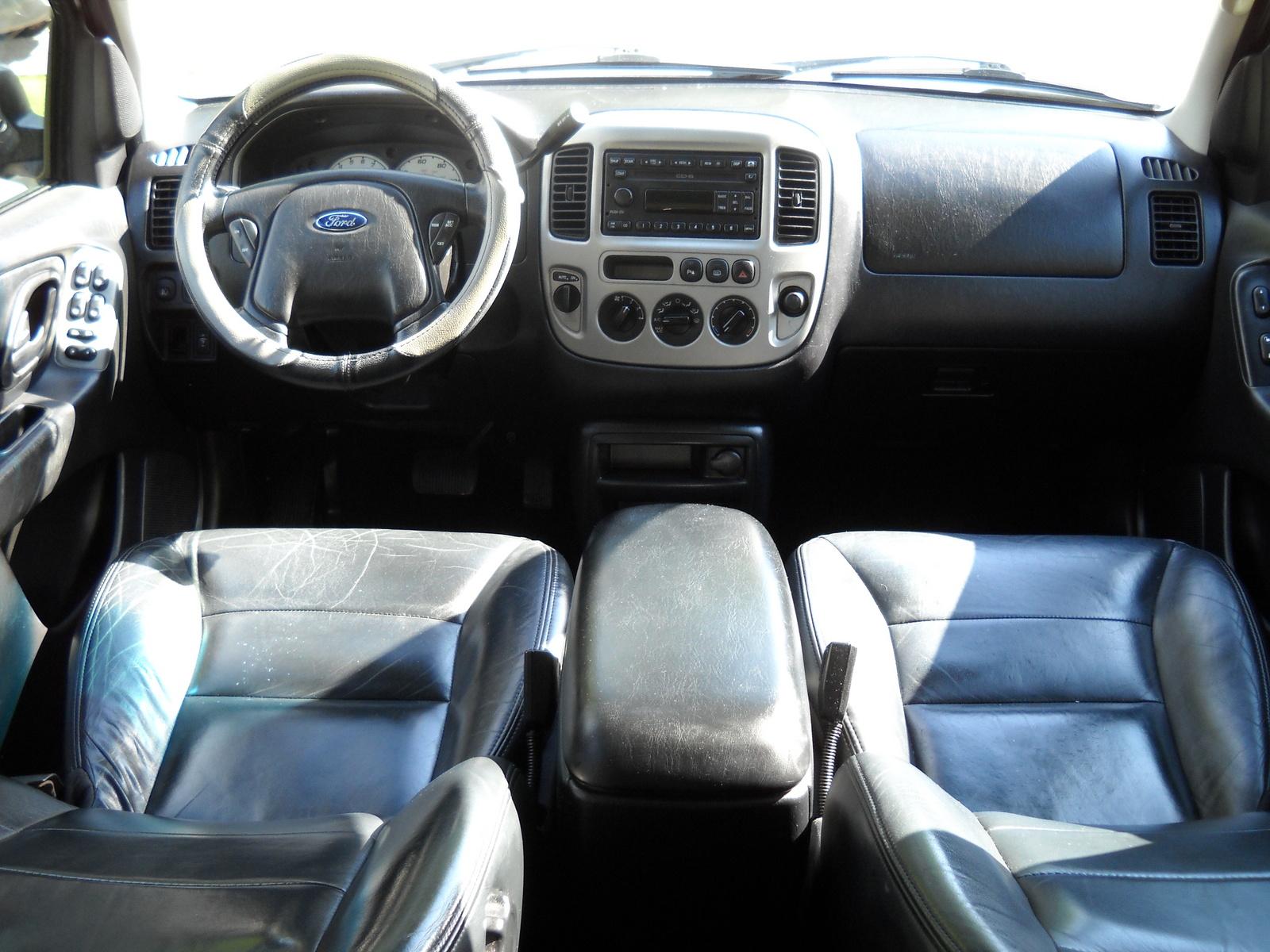 2002 Ford Explorer Xls >> 2003 Ford Escape - Interior Pictures - CarGurus