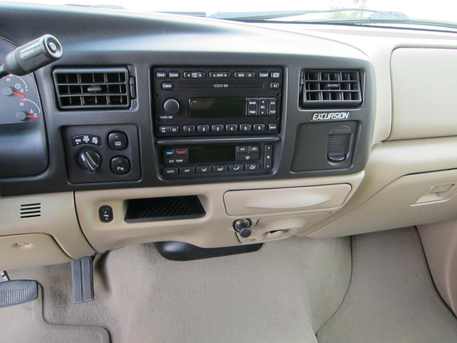 2005 Ford Excursion Interior Hd Photo