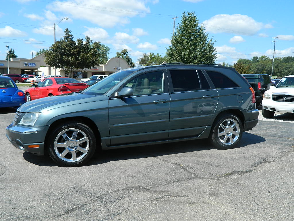 picture of 2005 chrysler pacifica limited awd exterior. Cars Review. Best American Auto & Cars Review