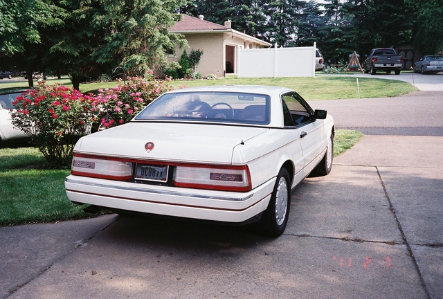 Picture of 1989 Cadillac Allante