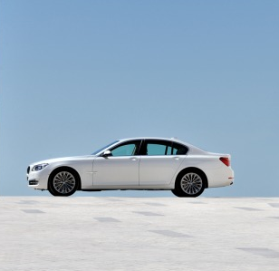 2013 BMW 7 Series, Side View., manufacturer, exterior