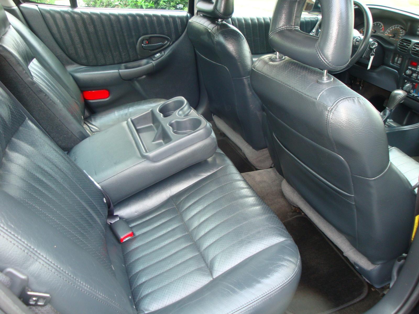 famous 2000 pontiac grand prix gtp coupe picture interior. Black Bedroom Furniture Sets. Home Design Ideas