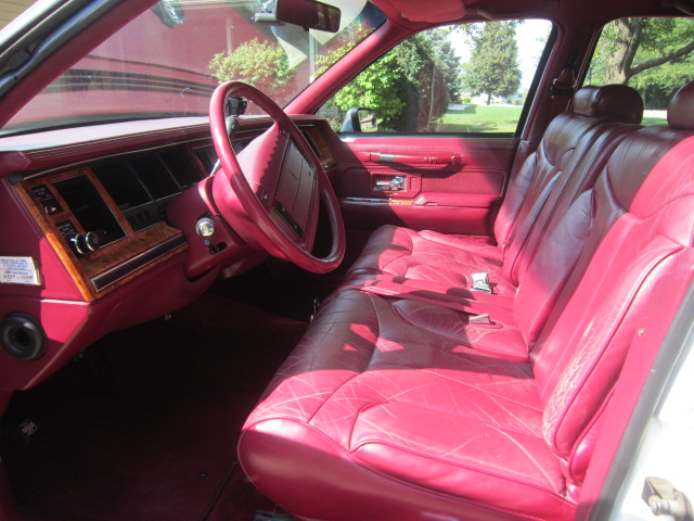 1993 lincoln town car pictures cargurus. Black Bedroom Furniture Sets. Home Design Ideas