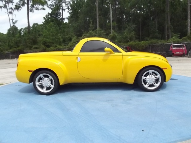 Picture of 2003 Chevrolet SSR LS RWD, exterior, gallery_worthy