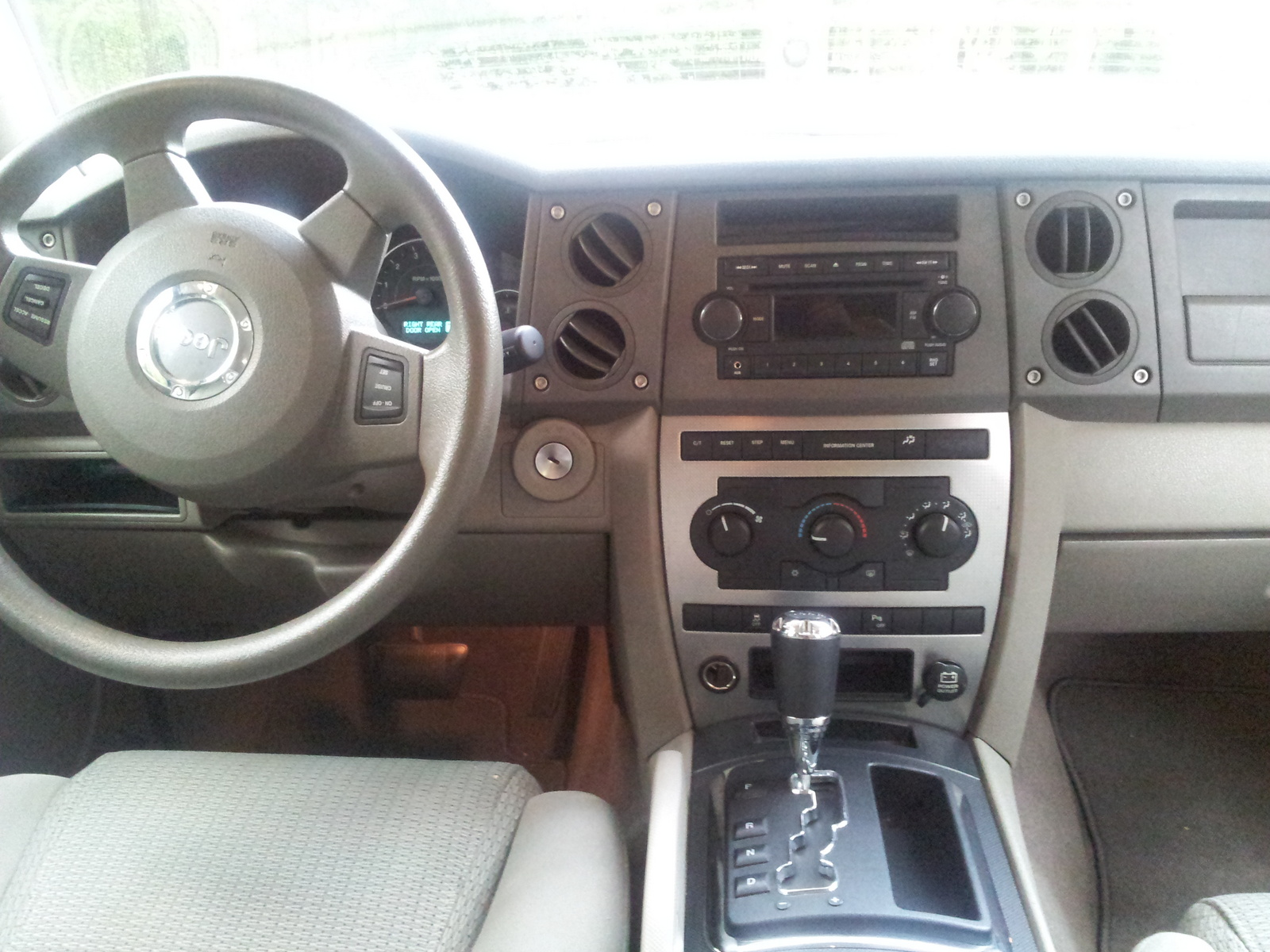2006 Jeep Commander Interior Pictures Cargurus