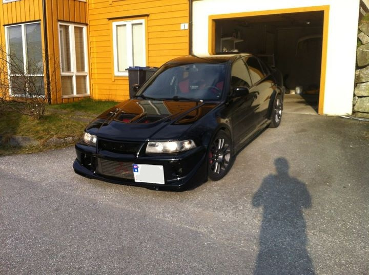 2000 Mitsubishi Lancer Evolution picture