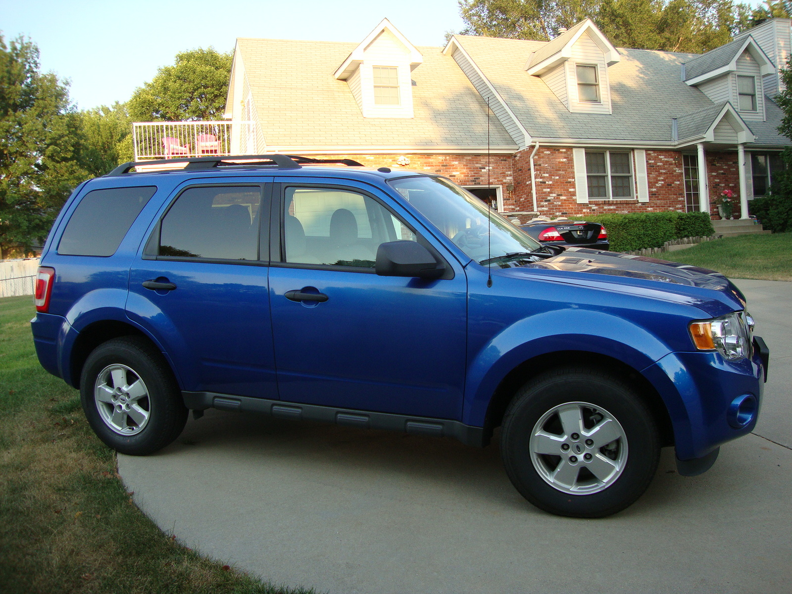 picture of 2011 ford escape xlt exterior. Cars Review. Best American Auto & Cars Review