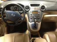 Picture of 2007 Kia Rondo LX, interior, gallery_worthy