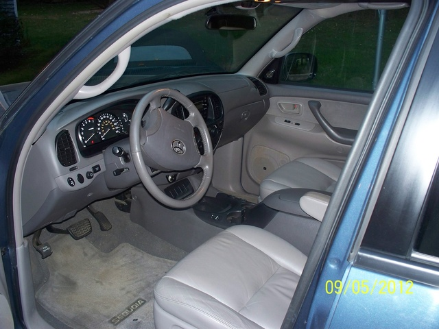 Picture Of 2005 Toyota Sequoia SR5 4WD, Interior, Gallery_worthy
