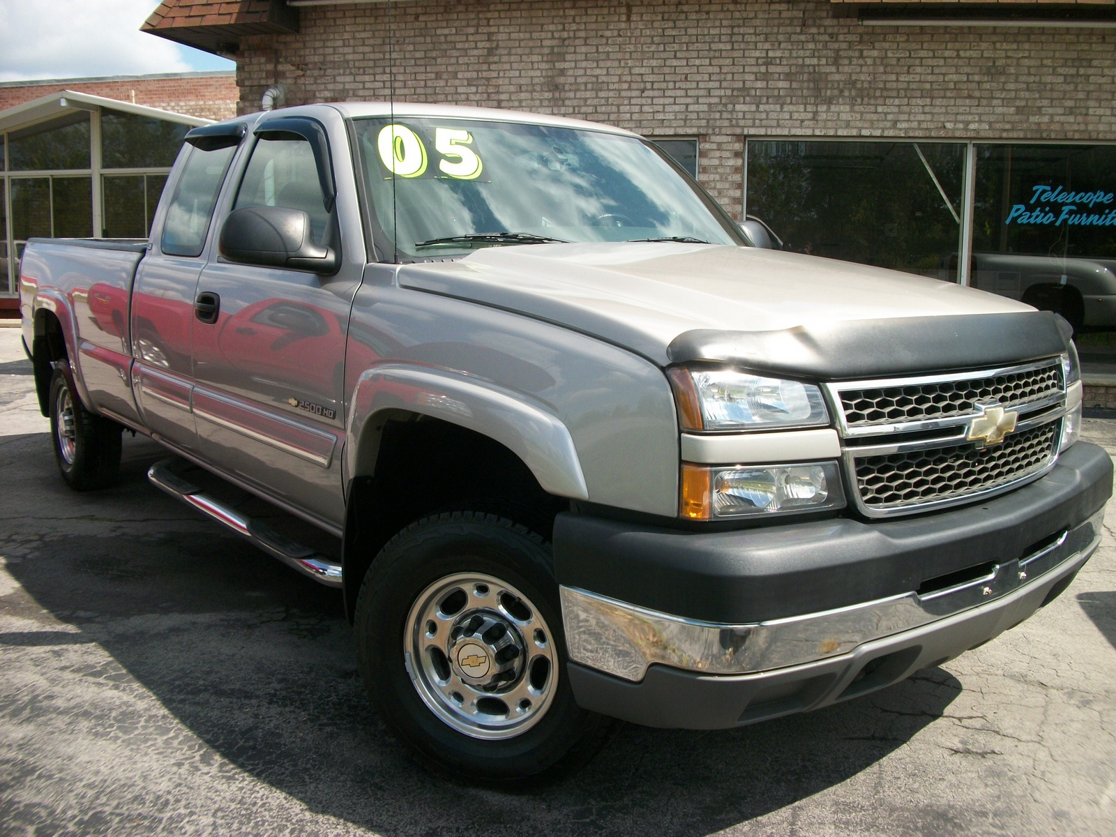 lifted 2005 chevy silverado 2500hd extended cab at cargurus autos post. Black Bedroom Furniture Sets. Home Design Ideas