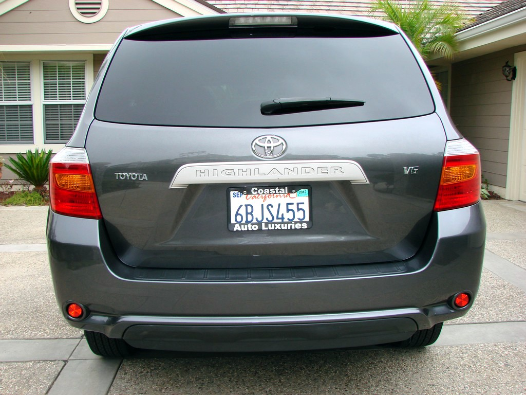 2010 Toyota Highlander - Pictures - Picture of 2010 Toyota Highlan ...