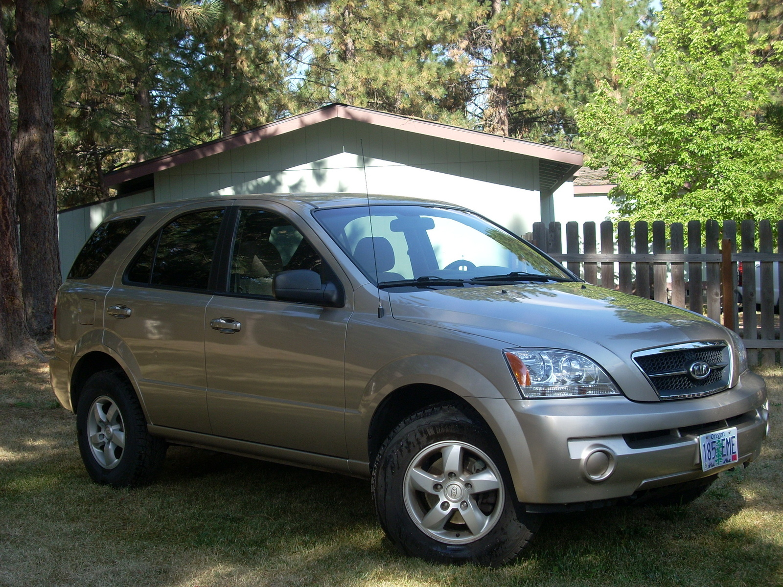 Picture of 2006 Kia Sorento LX