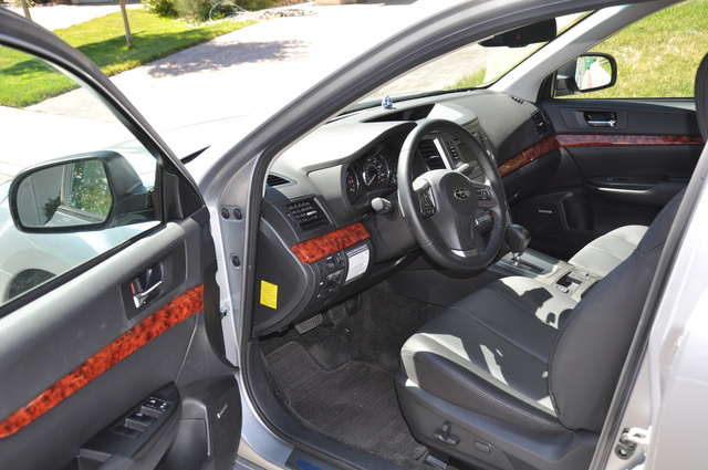 Picture of 2012 Subaru Legacy 2.5i Limited, interior, gallery_worthy