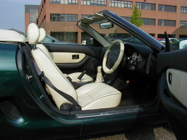 Picture of 1996 MG F, interior