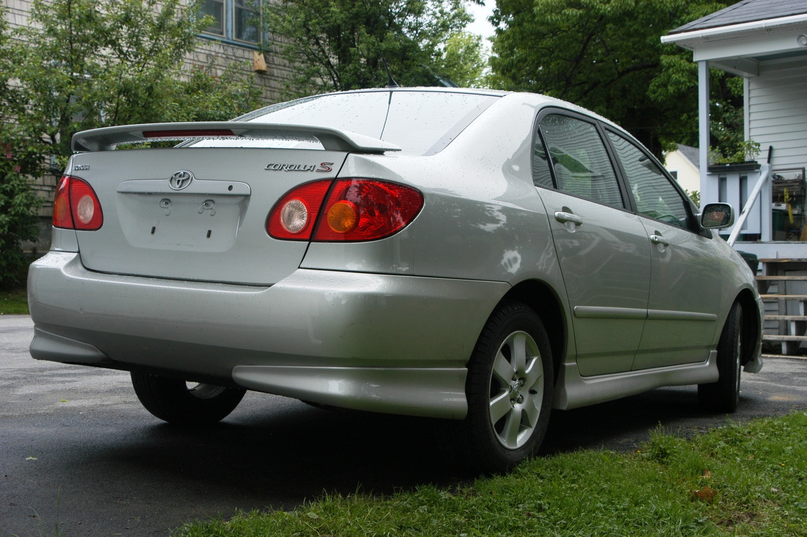 2004 toyota corolla exterior pictures cargurus. Black Bedroom Furniture Sets. Home Design Ideas