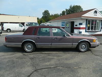 1994 Lincoln Town Car Signature, Picture of 1994 Lincoln Town Car 4 Dr Signature Sedan, exterior