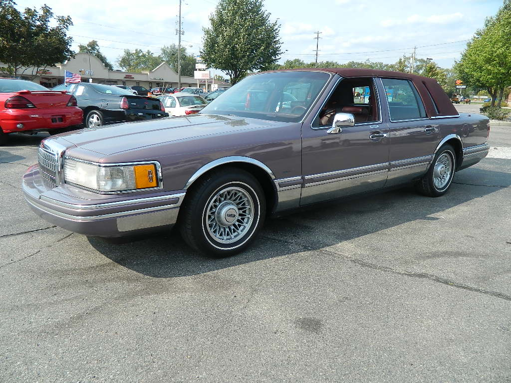 1994 Lincoln Town Car Pictures Cargurus